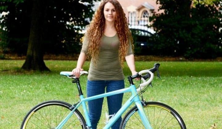 Woman, 'steals' stolen bike, facebook